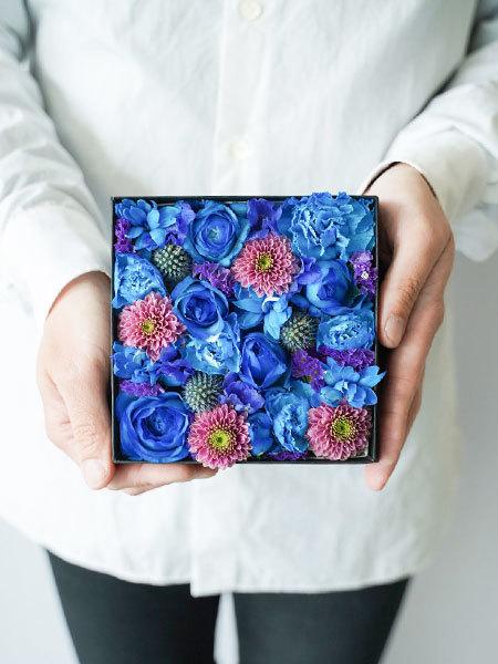 生花のボックスフラワー 青 S