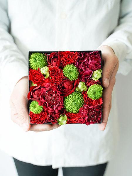 生花のボックスフラワー 赤 S