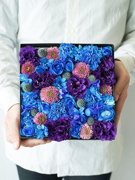 生花のボックスフラワー 青 L