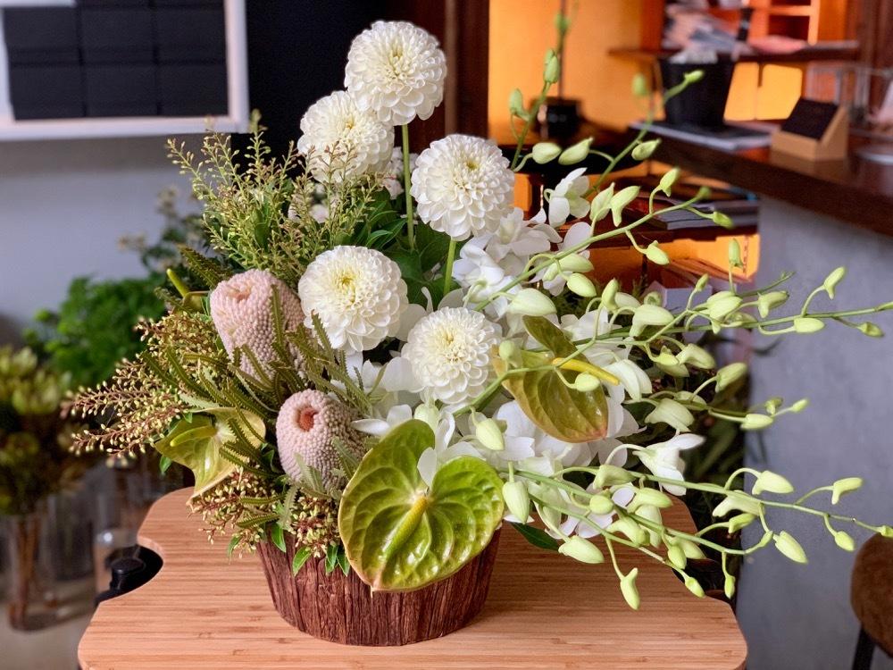ナチュラルな雰囲気のご移転お祝い花