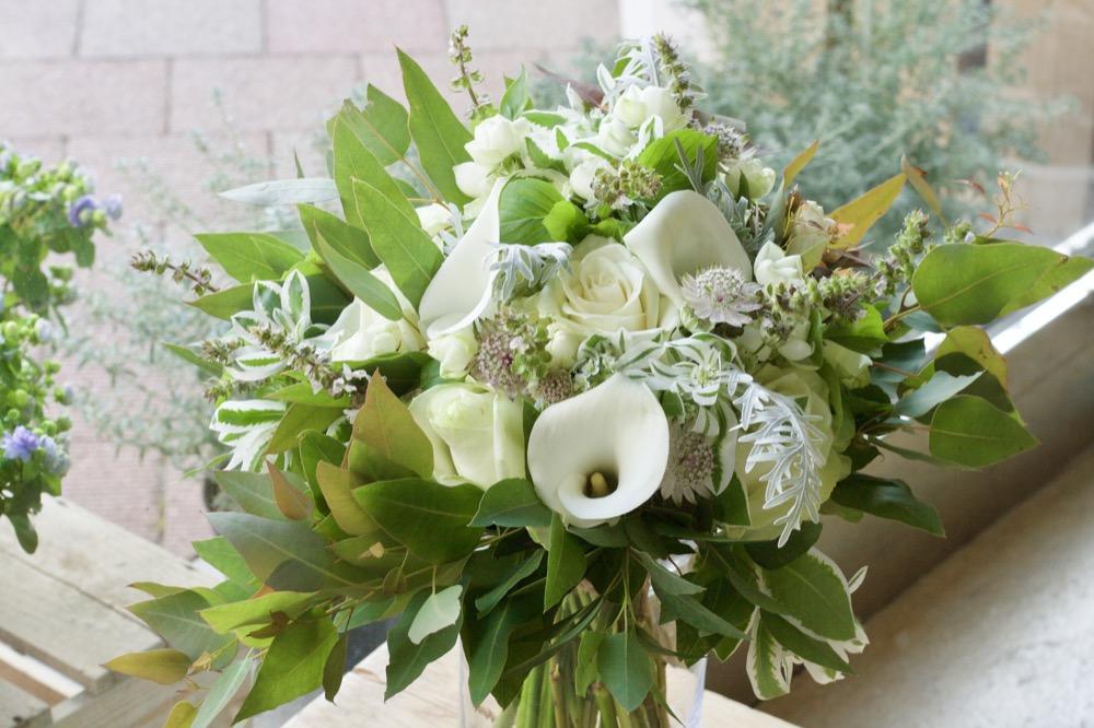 結婚記念日に奥様へ贈られたお花