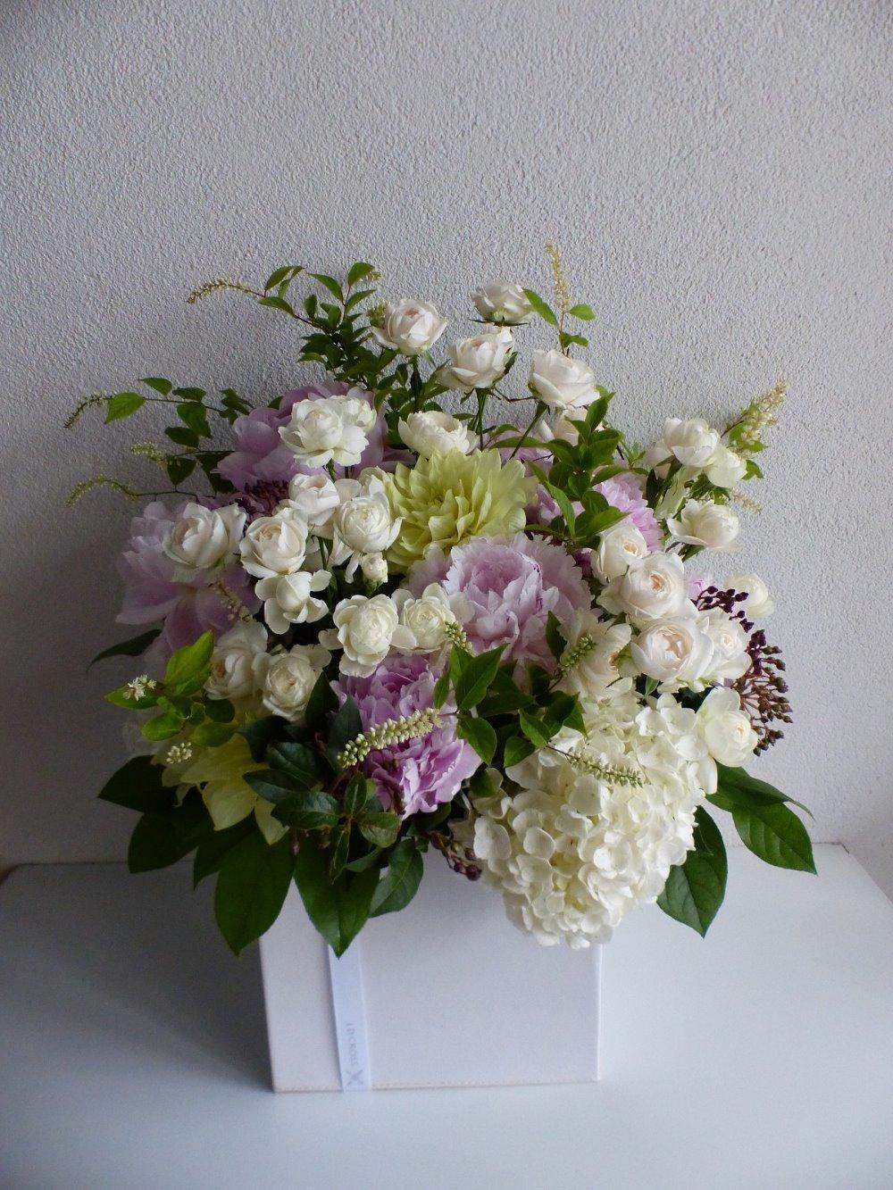 クリニック様の開業祝い花