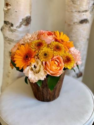 作品展にお届けしたオレンジ色の個展祝い花
