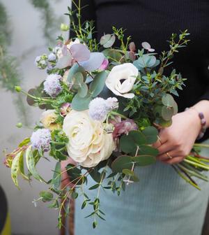 開業祝い・開院祝いにも人気のナチュラルブーケの祝い花