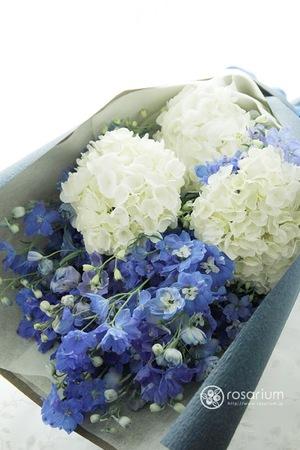 開業祝い・開院祝いにも 優しいブルーの花束